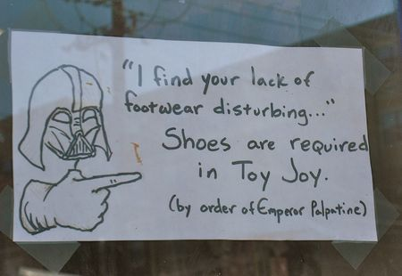 Best_no_shirt_no_shoes_sign_XD_by_Lolclonewars12345